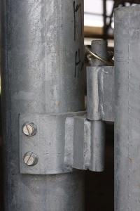Round Post Hinge