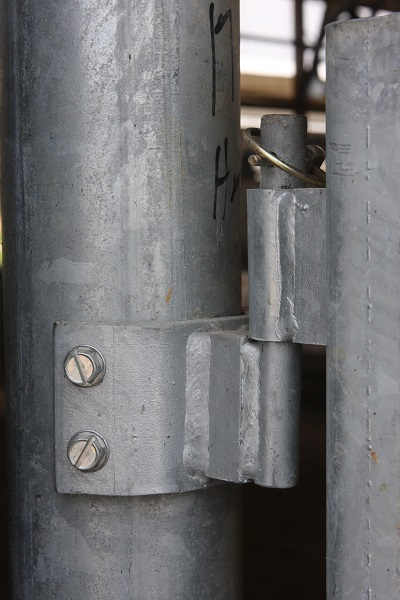Weld On Hinge For Pipe : Steinway equipment barn gates